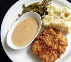 Mangio da Sola: Chicken Fried Steak and Mashed Potatoes Beef Dishes, Food Dishes, Main Dishes, Steak And Mashed Potatoes, Beef Recipes, Chicken Recipes, Southern Cooking Recipes, Southern Food, Chicken Fried Steak