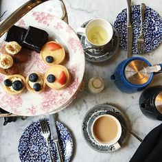 Happy Monday #london #libertylondon #cafeliberty #afternoontea - Thanks @salinnama