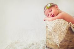 "Image of Lovely 11"" Round Woodsy Wonders Original ""Birch Wood Beauty"" Newborn Baby Prop"