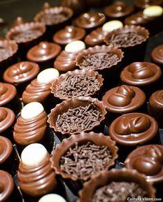 La Maison Cailler Chocolate Sampling!