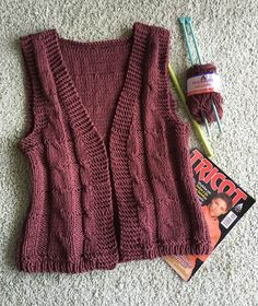 Kickboxing – Knitting Ideas - Everything About Knitting Knit Slippers Free Pattern, Knitted Slippers, Pullover Design, Sweater Design, Weaving Patterns, Knitting Patterns, Knitting Ideas, Crochet Cardigan, Knit Crochet