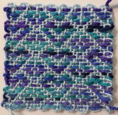 Adventures in Pin Loom Weaving—Hearts and Diamonds Overshot – Windswept Mind Pin Weaving, Card Weaving, Tablet Weaving, Weaving Art, Weaving Patterns, Loom Weaving, Tapestry Weaving, Baby Hats Knitting, Loom Knitting