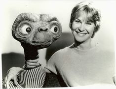 """45 Amazing Behind the Scenes Photos From Steven Spielberg's Heartwarming Sci-fi Masterpiece """"E. the Extra-Terrestrial"""" vintage everyday Aliens, Artificial Intelligence Movie, Dee Wallace, Et The Extra Terrestrial, Day Lewis, Donald Glover, Film Score, Close Encounters, Steven Spielberg"""