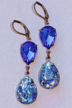 Vintage Blue Opal EarringsSapphire Blue Fire by Opal Earrings, Opal Jewelry, Chandelier Earrings, Crystal Jewelry, Tiffany Jewelry, Sapphire Color, Swarovski Stones, Jewelry Model, Jewelry Box