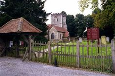 Midsomer Murders Locations 3 - Little Marlow, Buckinghamshire Marlow Buckinghamshire, Vicar Of Dibley, Midsomer Murders, Places Of Interest, Filming Locations, Old Town, Bbc Tv, England, Mystery Series