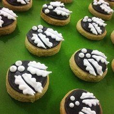 #Christmas #souvenir #regalo #navidad #royalicing #glasareal #royalicingart #arteglasareal #cookies #galletas #edible #comestible #ilsucre #sucresweetmemories