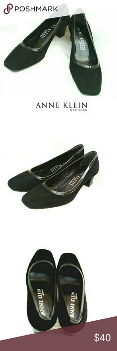 "ANNE KLEIN BLACK SUEDE & PAT LEATHER PUMPS ANNE KLEIN NEW YORK BLACK SUEDE & PATENT LEATHER PUMPS Pre-Loved / Made in Italy *   Black Suede and Patent Leather Trim  *   1 1/2"" Block Heel *   Very Little Wear w/Original Price Tag on One, 1/2 On the Other $250.00. Just Sayin'.... Pls See All Pics. Ask ? If Needed Anne Klein Shoes Heels"