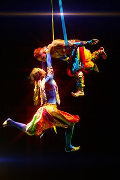 Flying colors | Duo | Aerials | Circus | Performers | Entertainment Agency | Corporate Entertainment | Agence de Spectacle
