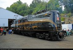 PRR 4877 Pennsylvania Railroad at Boonton, New Jersey by Lester Zmudzinski Electric Locomotive, Diesel Locomotive, Steam Locomotive, Lego Trains, Old Trains, Wagon Trails, Bonde, Pennsylvania Railroad, Railroad Photography