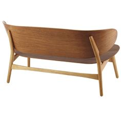 Hans Wegner Shell Sofa, Model No. 1935 image 2