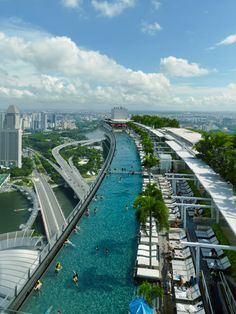 Infinity Pool at Marina Bay Sands Hotel | by Moshe Safdie