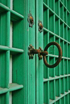 Royal Doors, Korea...possible front door color