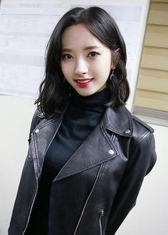 Korean Beauty, Asian Beauty, Girls Uniforms, Cosmic Girls, Hello Beautiful, Tumblr Girls, Kpop Girls, Korean Girl, Korean Fashion