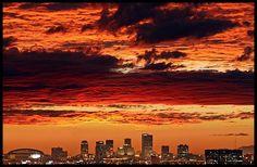 Phoenix, Arizona skyline at sunset #Phoenix #Arizona #Skyline #Sunset