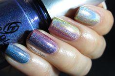 Pretty Digits holo gradient mani!
