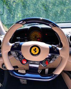 The Ferrari stearing looks amazing Ferrari California, Porsche Carrera, Mercedes Benz, Ferrari Car, Ferrari Mondial, Red Lamborghini, Ferrari Logo, Lux Cars, Top Luxury Cars