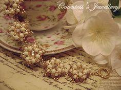 Latte (smaller size), romantic bracelet beaded with glass beads and champagne glass rivolis, handmade women's jewellery.