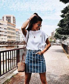 Summer vibes | Vacation | Basket bag | Denim skirt | Inspo | More on fashionchick.nl