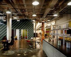 Open Office, Future of workspace? Industrial Interior Design, Industrial Office, Office Interior Design, Interior Design Inspiration, Office Designs, Industrial Interiors, Interior Modern, Industrial Lighting, Modern Industrial