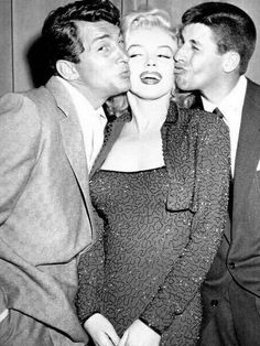 celebrity photos Dean Martin, Marilyn Monroe and Jerry Lewis. Old Hollywood, Golden Age Of Hollywood, Hollywood Stars, Classic Hollywood, Jerry Lewis, Dean Martin, The Martin, Fotos Marilyn Monroe, Marylin Monroe