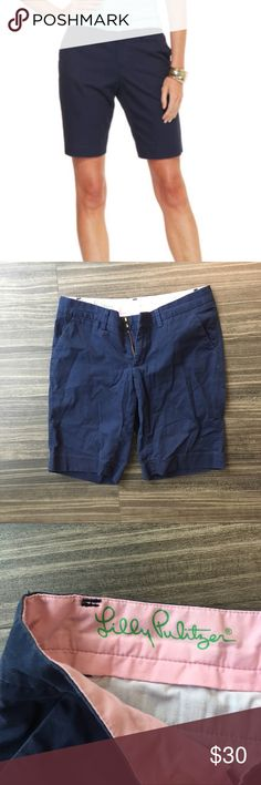 "Lilly Pulitzer Avenue Shorts Lilly Pulitzer Avenue Shorts in navy. Size 0. MEASUREMENTS: length 17"", inseam 10"", waist 16"" (laying flat). In good condition. Reasonable offers considered! Lilly Pulitzer Shorts Bermudas"
