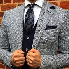 Black & White #Elegance #Fashion #Menfashion #Menstyle #Luxury #Dapper #Class #Sartorial #Style #Lookcool #Trendy #Bespoke #Dandy #Classy #Awesome #Amazing #Tailoring #Stylishmen #Gentlemanstyle #Gent #Outfit #TimelessElegance #Charming #Apparel #Clothing #Elegant #Instafashion Der Gentleman, Gentleman Style, Stylish Men, Stylish Outfits, Best Mens Fashion, Dress For Success, Suit And Tie, Sport Coat, Business Fashion