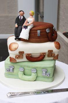 Vintage Suitcases - wedding cake