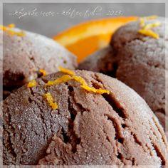 ...konyhán innen - kerten túl...: Tejszínes csokoládéfagylalt 'rumos-narancsos' Cookies, Chocolate, Food, Biscuits, Meal, Schokolade, Essen, Hoods, Cookie Recipes