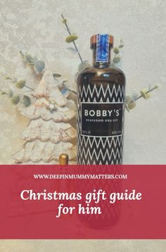 Christmas Gift Guide for Him Merry Christmas, Christmas Gift Guide, Christmas Gifts, Gift Guide For Him, Fitness Gifts, Tech Gifts, Outdoor Christmas Decorations, Gift List, Gifts For Father