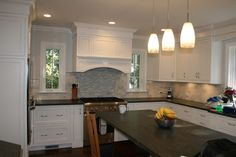 Woods Lane, Scarsdale - traditional - kitchen - new york - Tarallo Kitchen and Bath, Inc.