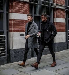 with two fall/winter combo ideas with black slim cut denim black pea coat gray overcoat black turtlenecks brown chelsea boots brown boots sunglasses watch Mens Fall Outfits, Stylish Men, Men Casual, Stylish Outfits, Mode Man, Moda Blog, Herren Outfit, Mode Masculine, Mens Fashion Suits
