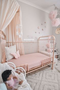 💕Such a sweet room styled by . 🧚♀️Featuring the Organic Cotton Canopy in Beige Kids Bedroom Designs, Room Ideas Bedroom, Baby Room Decor, Nursery Decor, Big Girl Bedrooms, Little Girl Rooms, Girls Bedroom, Rose Gold Room Decor, Rose Gold Rooms