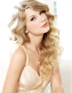 I love Taylor Swift! She's as sweet as her songs! <333