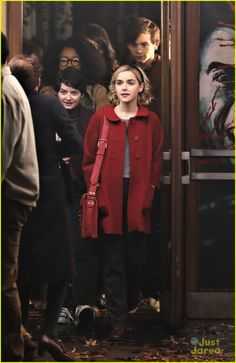 Chilling Adventures of Sabrina Archie Comics, Sabrina Costume, I Love Cinema, Sabrina Cast, Teen Witch, Tv Shows Funny, Kiernan Shipka, Sabrina Spellman, Mein Style