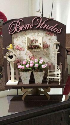 Miniature dollhouse ♡ ♡ By rere Diy Wall Decor, Diy Home Decor, Wood Crafts, Diy And Crafts, Diy Wood, Name Plate Design, Diys, 3d Quilling, Living Room Shelves