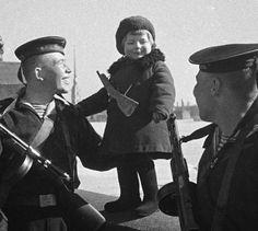 Как защищали и снабжали блокадный Ленинград