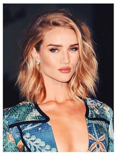 HOW-TO: ROSIE HUNTINGTON WHITELEY'S TEXTURE BY CHRISTIAN WOOD