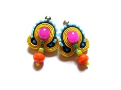 Tiny but eye-catching soutache earrings, made from soutache braids and glass beads. Full dimensions - ca 2x3 cm (0.8x1.2 inches). On the backside - felt.
