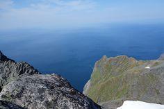 Turartikkel: Perfekt tur til topps på Hermannsdalstinden - Skrevet av Øyvindbr • Peakbook