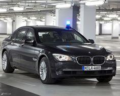 BMW 7 als Blaulicht Einsatzwagen