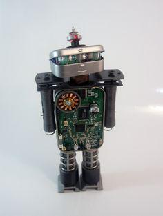 Spot the Bot : Photo
