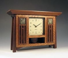 """""""Ginkgo Bungalow Clock"""" by Gary Knapp Craftsman Clocks, Craftsman Style Furniture, Mission Style Furniture, Craftsman Decor, Craftsman Homes, Art Nouveau, Art Deco, Mission Style Homes, Bauhaus"""