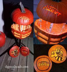 Disc golf pumpkin carving - disc golf jack-o-lantern from the DG Puttheads