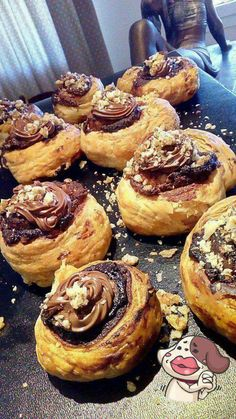 shakeology mug cake Greek Desserts, Greek Recipes, Low Calorie Cake, Food Network Recipes, Cooking Recipes, The Kitchen Food Network, Cake Cookies, Cupcakes, Food To Make