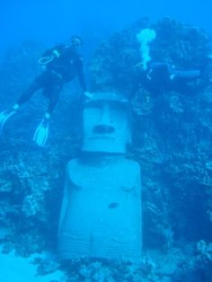 Sunken moai