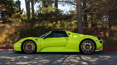 davidcoynephotography:   	Acid Green Porsche 918 Spyder by David Coyne    	Via Flickr: 	www.davidcoynephotography.com