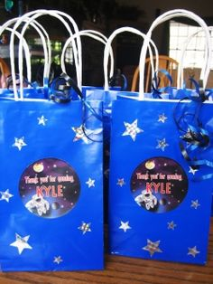 Gift bags ideas... party favors.