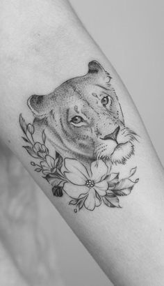 awesome lioness tattoo ideas © tattoo artist Minnie from Seventh Day Studio ❤❤❤❤❤❤