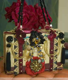 Turn an old book into a glamorous evening bag with irresistible flea market beads and brooches...This is the coolest thing, must try!