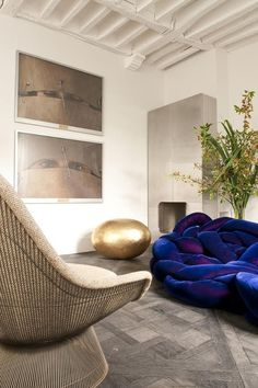 Paris IV apartment in Paris - design Elodie Sire of D.Mesure (with Warren Platner's lounge chair, and Campana Brothers' Boa Sofa)